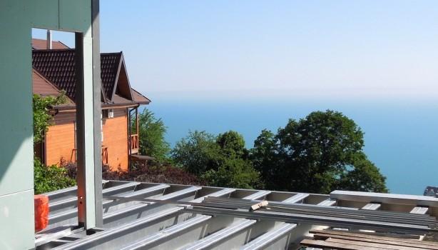 Строительство быстровозводимого жилого дома из металлоконструкций
