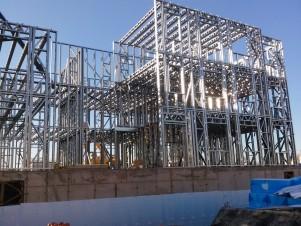 Изготовление жилого здания из металлоконструкций